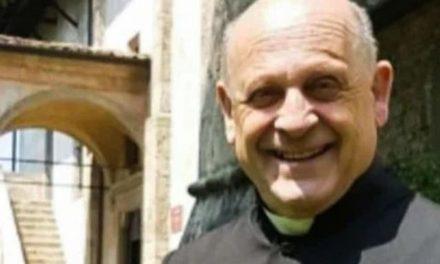 Catholic Priest battling coronavirus dies after he gave younger patient his ventilator