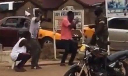Man slaps a soldier for punishing him amidst Coronavirus lockdown