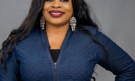 """Nigerian gospel singer, Sinach becomes first African to top Billboard USA for """"Christian Songwriter"""" category for 7 weeks"""