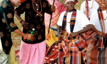 They'll rather buy you drinks than help you – man drags his fellow Igbos on Twitter