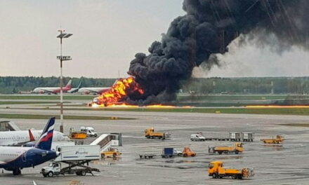 United Nation's plane crashed in Mali and many were injured