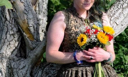 Mother Of 2 Who Married A Tree Celebrates First Wedding Anniversary In England.