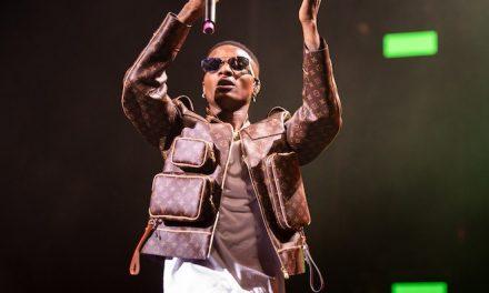 Wizkid receives his Grammy Award Plague